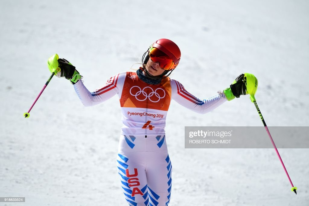 TOPSHOT - USA's Mikaela Shiffrin reacts after competing in the Women's Slalom at the Jeongseon Alpine Center during the Pyeongchang 2018 Winter Olympic Games in Pyeongchang on February 16, 2018. / AFP PHOTO / Roberto SCHMIDT