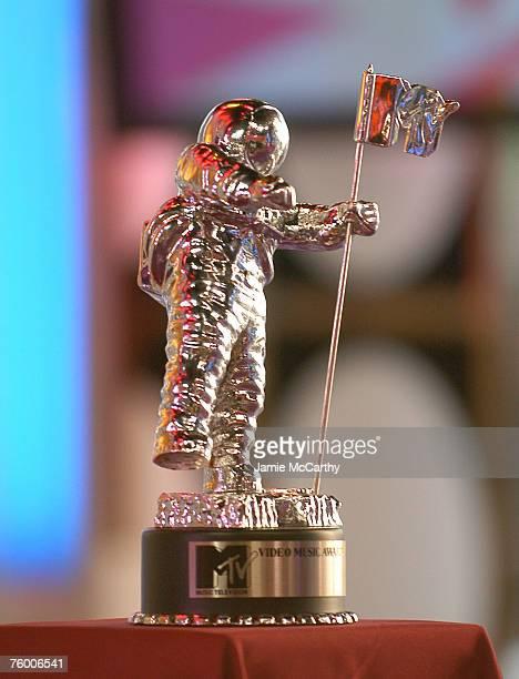 MTV's Moon Man Award