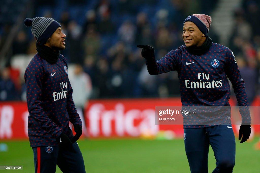 Paris Saint-Germain v EA Guingamp - Ligue 1 : News Photo