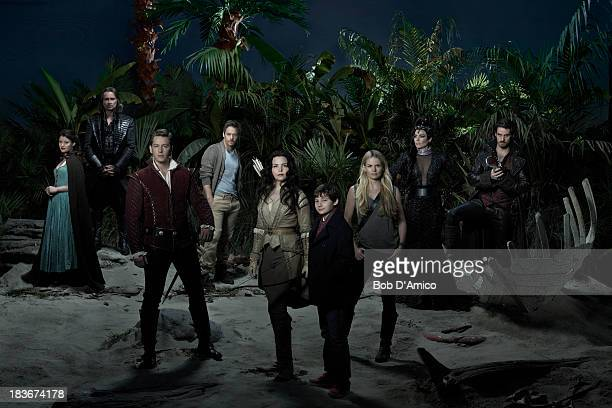TIME ABC's 'Once Upon a Time' stars Emilie de Ravin as Belle Robert Carlyle as Rumplestiltskin/Mr Gold Josh Dallas as Prince Charming/David Michael...