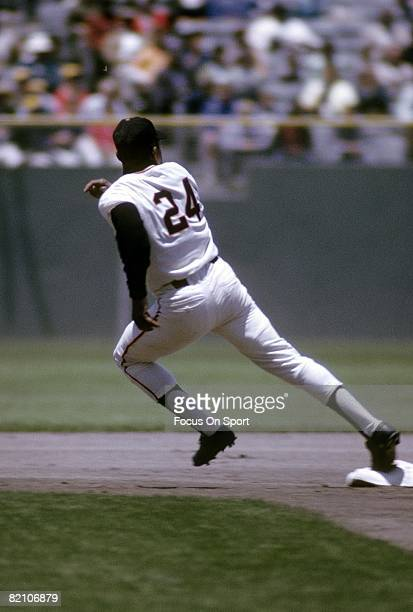 S: Outfielder Willie Mays of the San Francisco Giants rounds second base during a circa early 1970's Major League Baseball game at Candlestick Park...