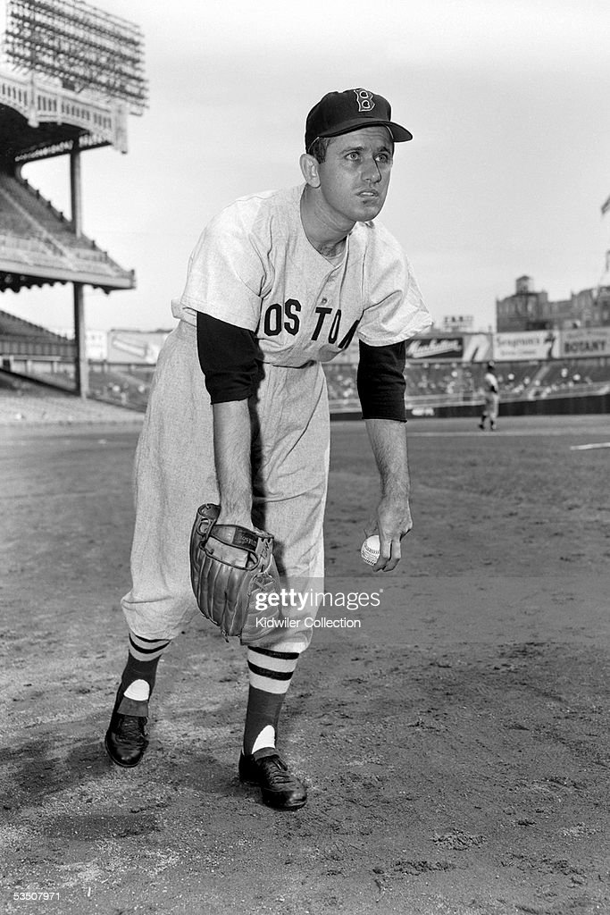 bd605d184 NEW YORK - 1950's: Pitcher Mel Parnell, of the Boston Red Sox, poses ...