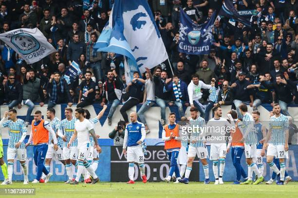 S players acknowledge fans at the end of the Italian Serie A football match SPAL 2013 vs Juventus on April 13, 2019 at the Paolo-Mazza stadium in...