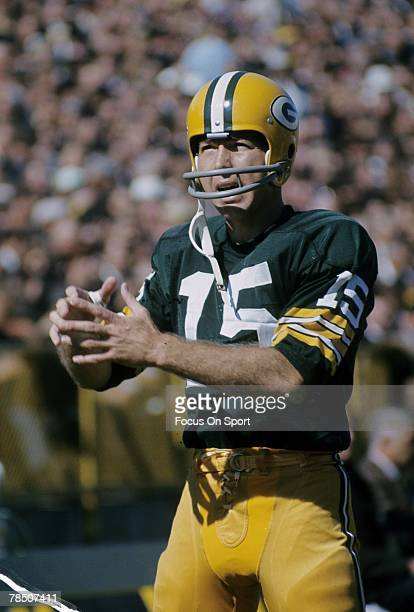 BAY WISCONSIN CIRCA 1960's Quarterback Bart Starr of the Green Bay Packers warms up before a circa 1960's NFL game at Lambeau Field in Green Bay...