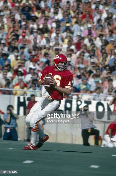 CITY MO CIRCA 1970's Quarterback Len Dawson of the Kansas City Chiefs is back to pass in a early circa 1970's NFL football game at Municipal Stadium...