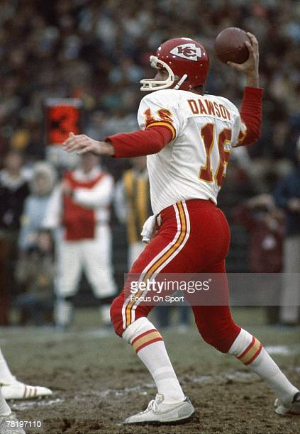 CIRCA 1970's Quarterback Len Dawson of the Kansas City Chiefs sets to throw a pass during a mid circa 1970's NFL football game Dawson played for the...