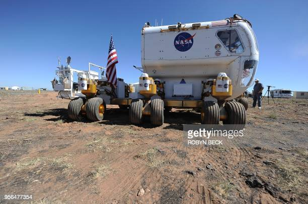 NASA's Space Exploration Vehicle traverses the northern Arizona desert 15 September 2010 on the last day of NASAs twoweek field testing of new...