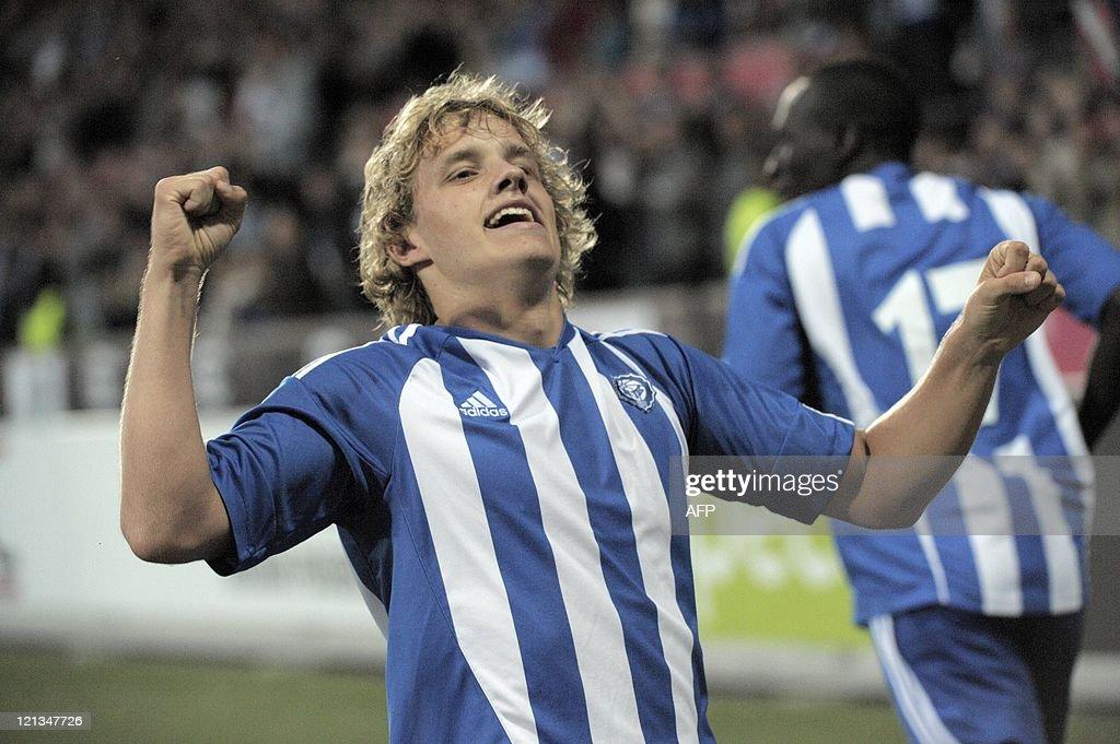 HJK's Teemu Pukki  celebrates  during th : News Photo
