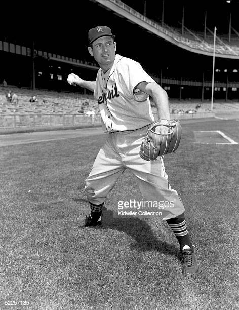 BRONX NY 1950's Third baseman George Kell of the Detroit Tigers poses for an action portrait before a game against the New York Yankees at Yankee...