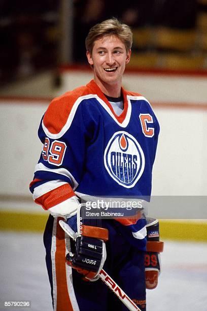 BOSTON MA 1980's Wayne Gretzky of the Edmonton Oilers smiles during warm ups against the Boston Bruins at the Boston Garden