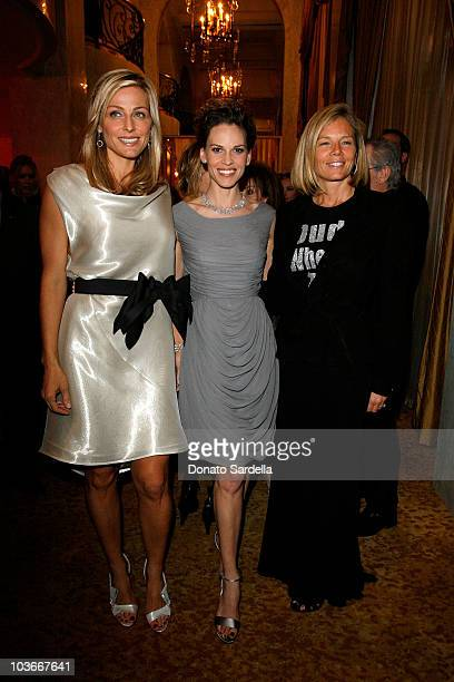 S WCRF co-founder Jamie Tisch, actress Hilary Swank and EIF's WCRF co-founder Kelly Chapman Meyer attend the Saks Fifth Avenue's Unforgettable...