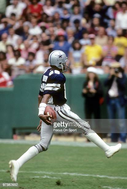 C CIRCA 1980's Wide Receiver Drew Pearson of the Dallas Cowboys in action against the Washington Redskins circa 1980's during an NFL football game at...