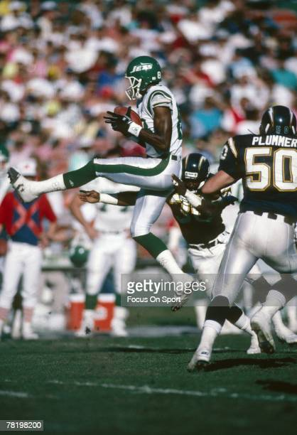 SAN DIEGO CA CIRCA 1980's Wide Receiver Wesley Walker of the New York Jets catches a pass against the San Diego Chargers during a circa 1980's NFL...