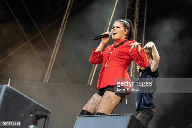 Saara Aalto Performs at Old Navy College on July 5 2018 in London England