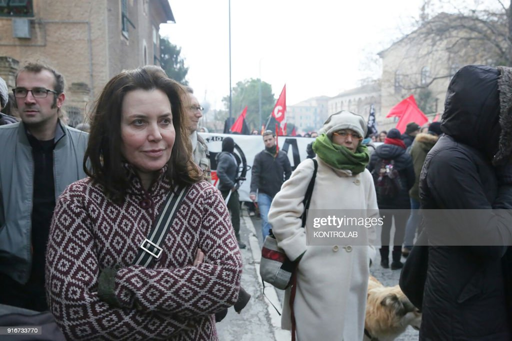 Sabina Guzzanti (L), actress, comedian, at the anti-racist... : News Photo
