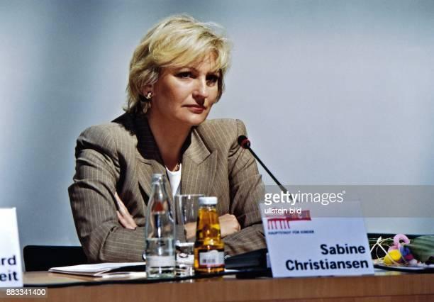 Sabine Christiansen * Journalistin Moderatorin D als UnicefBotschafterin während einer Veranstaltung in Berlin