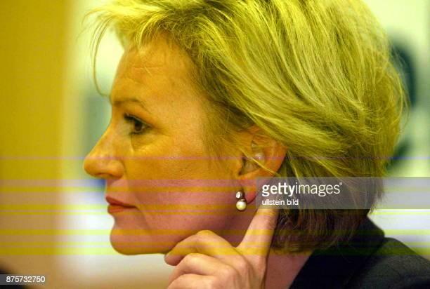 Sabine Christiansen *- Journalistin, Moderatorin, Produzentin; D Porträt im Profil