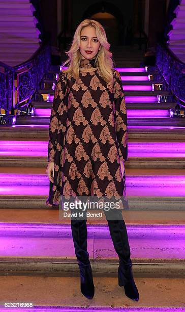 Sabine Getty attends Stuart Weitzman's private VIP dinner at Royal Academy of Arts to celebrate opening of it's London flagship boutique on November...