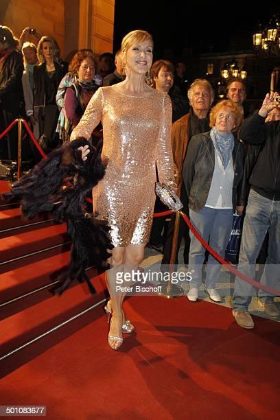 Sabine Kaack 21 Hessischer Film und Kinopreis 2010 Alte Oper Frankfurt Hessen Deutschland Europa Filmpreis Roterteppich Auszeichnung Schal Ganzkrper...
