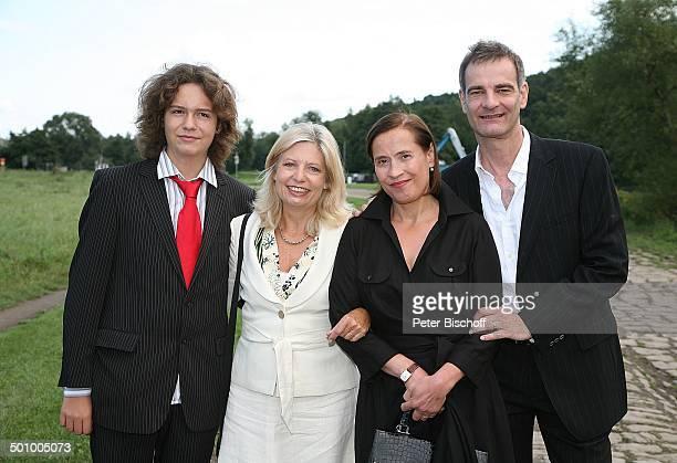 Sabine Postel Sohn Moritz Riewoldt Heinrich Schafmeister Ehefrau Jutta Hochzeitsfeier mit K A T H A R I N A S C H U B E R T und L A R S G Ä R T N E R...