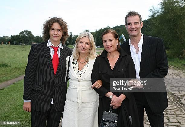 Sabine Postel , Sohn Moritz Riewoldt , Heinrich Schafmeister , Ehefrau Jutta, Hochzeitsfeier mit K A T H A R I N A S C H U B E R T und L A R S G Ä R...