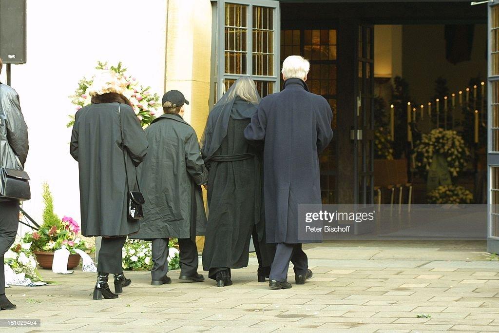 Sabine Postel , Vater Kurt, Sohn Moritz, Mutter Gisela