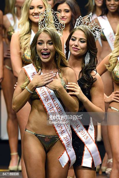 Sable Jade Robbert of Fort Lauderdale Florida reacts as she is crowned Miss Hooters International 2016 by Miss Hooters International 2015 Meagan...