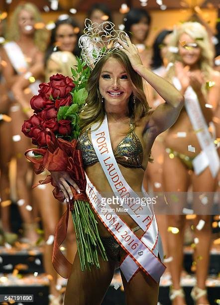 Sable Jade Robbert of Fort Lauderdale Florida walks onstage after being crowned Miss Hooters International 2016 during the 20th annual Hooters...