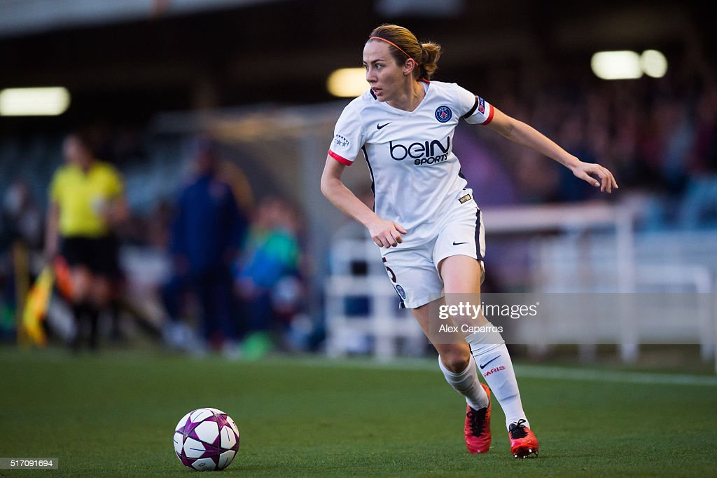 Sabrina Delannoy of Paris Saint-Germain conducts the ball during the UEFA Women's Champions League Quarter Final first leg match between FC Barcelona and Paris Saint-Germain at Miniestadi on March 23, 2016 in Barcelona, Spain.