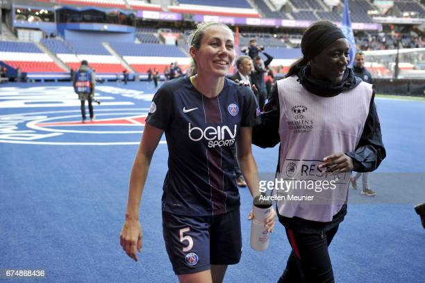 Sabrina Delannoy of Paris SaintGermain salutes supporters after the Women's Champions League match between Paris Saint Germain and Barcelona at Parc...