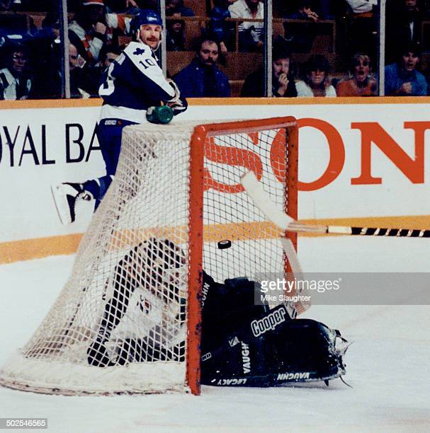 Sacco Strikes Glenn Anderson looks back to see his centring pass to Joe Sacco converted into the Leaf's into the Leafs' gola in their 62 rout of the...