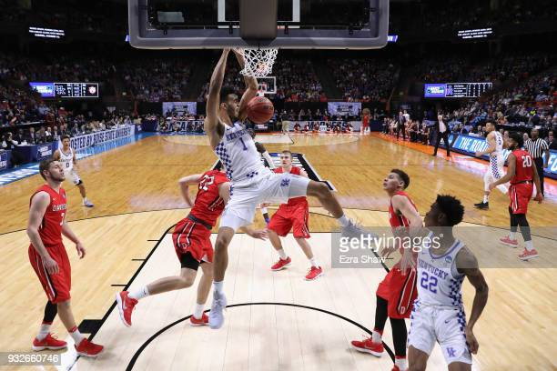Sacha KilleyaJones of the Kentucky Wildcats dunks the ball against the Davidson Wildcats during the first round of the 2018 NCAA Men's Basketball...