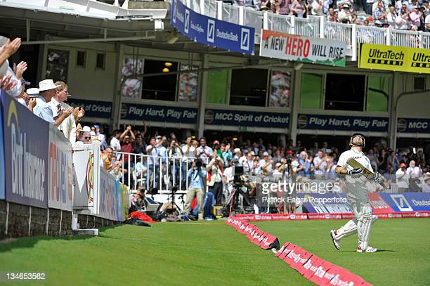 Sachin Tendulkar goes out to bat in the second innings to a standing ovation, England v India, 1st Test, Lord's, July 2011.