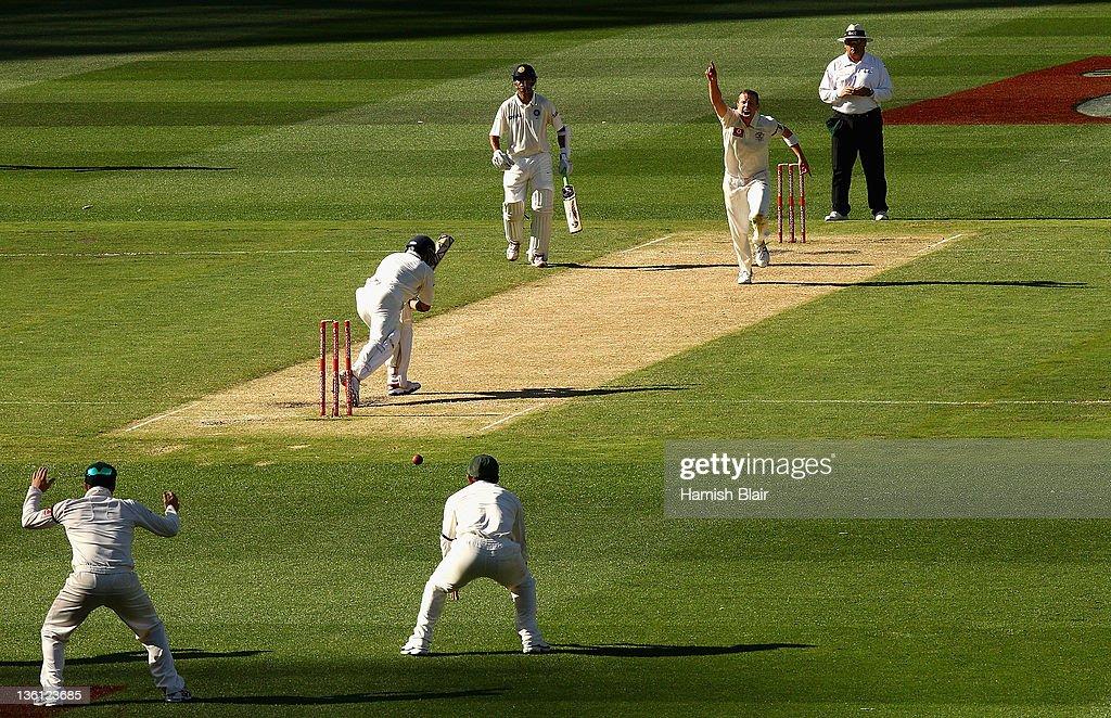 Australia v India - First Test: Day 2 : News Photo