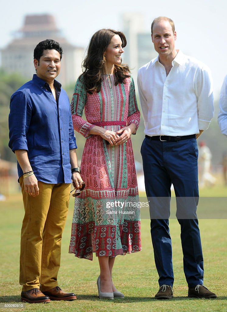 Sachin Tendulkar (L) Prince William, Duke of Cambridge and Catherine, Duchess of Cambridge visit the Oval Maidan ground for a children's cricket match and meeting with local children on April 10, 2016 in Mumbai, India.