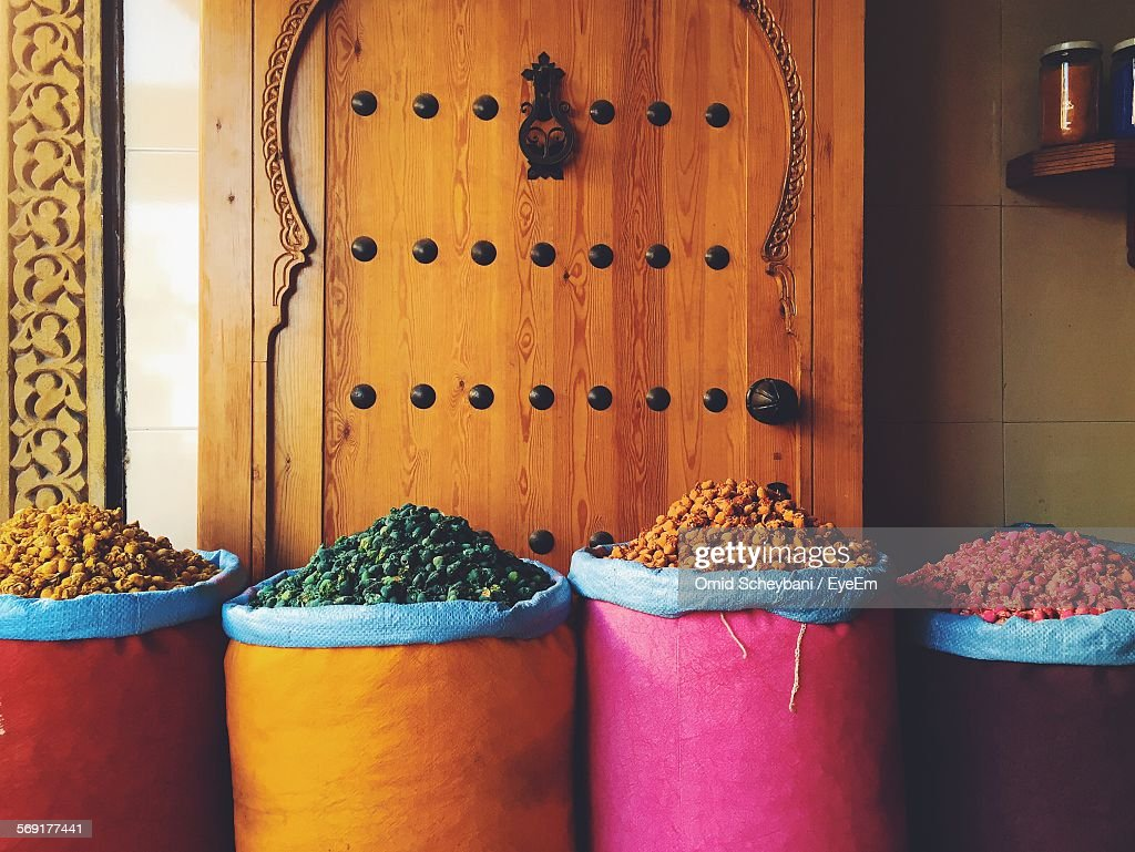 Sacks of spices for sale : Stock Photo