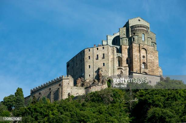 sacra di san michele, susa valley, piedmont, northern italy - turin stock pictures, royalty-free photos & images