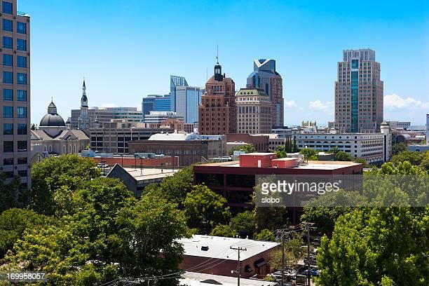 サクラメントの都市の木 - サクラメント ストックフォトと画像