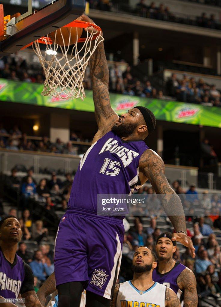 Denver Nuggets vs the Sacramento Kings : News Photo
