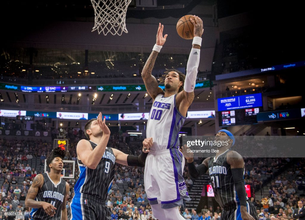 Sacramento Kings center Willie Cauley-Stein (00) goes to the basket against the Orlando Magic on Monday, March 13, 2017 at Golden 1 Center in Sacramento, Calif.