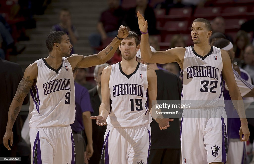 Sacramento Kings' Luther Head (9), Beno Udrih (19) and Francisco Garcia prepare for the start of the fourth quarter against the New Jersey Nets at Arco Arena in Sacramento, California, on Friday, November 19, 2010. The Kings slipped past the Nets, 86-81.