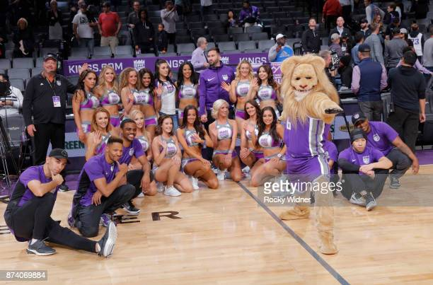 Sacramento Kings mascot Slamson takes a photo with the Sacramento Kings Dance team after the game against the Oklahoma City Thunder on November 7...