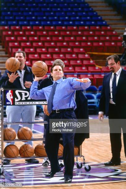 Sacramento Kings Owner, Joe Maloof takes half court shots at the Arco Arena in Sacramento, California on January 13, 2000 . NOTE TO USER: User...