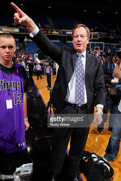 Sacramento Kings playbyplay announcer Grant Napear in a game against the Los Angeles Lakers on April 13 2011 at Power Balance Pavilion in Sacramento...