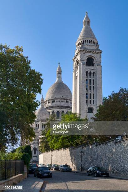 sacre coeur basilica in paris - gwengoat stock pictures, royalty-free photos & images