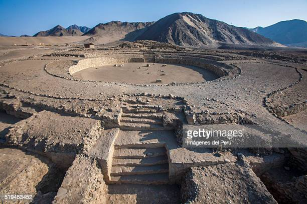 sacred city of caral-supe perú. - ancient civilization stock pictures, royalty-free photos & images