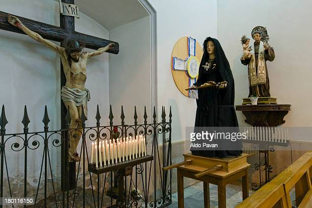 sacred statues inside the church - good friday stock pictures, royalty-free photos & images
