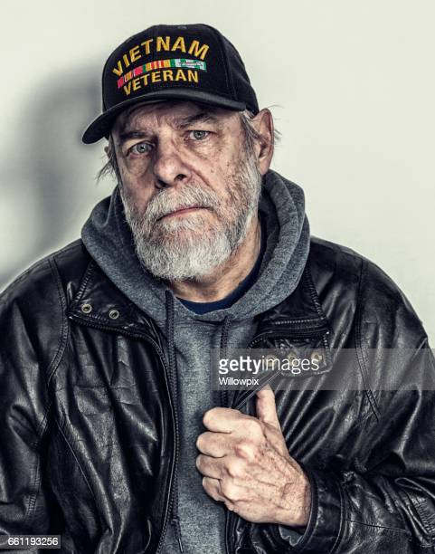 Traurig, deprimiert US Marine Vietnam-Krieg-Veteran