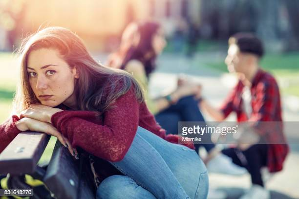 Trauriges Mädchen Blick in die Kamera