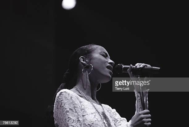 Sade performing at Wembley Arena London 21/11/88